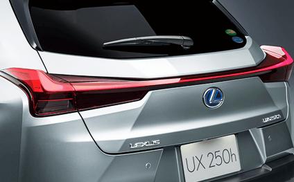 トヨタ・レクサスUX300eのエクステリアデザイン紹介