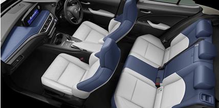 トヨタ・レクサスUX300eのインテリアデザイン紹介