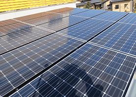 カーポートに太陽光発電システムを設置